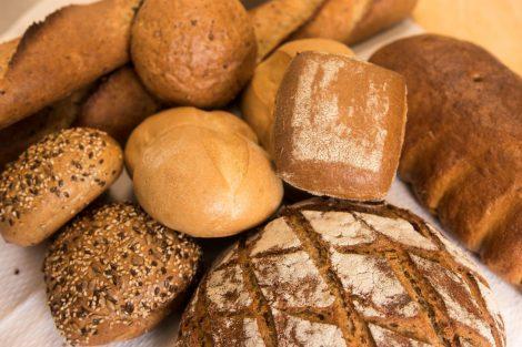 """Leckere Biobrötchen und –brote für die Frühstücksgäste des """"Kräuterberg'l"""""""